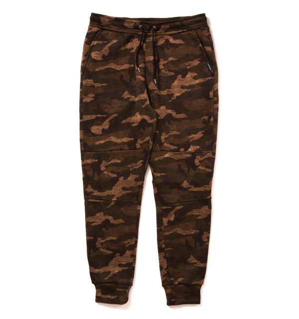 camo-fleece-jogger-pants1